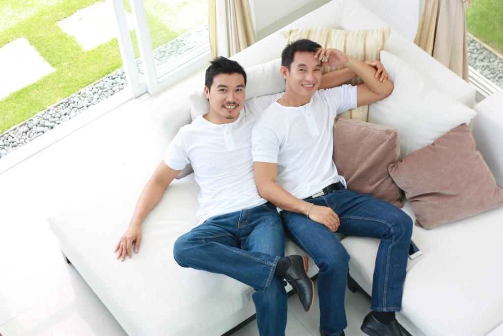 Mga negative financial implications ng pagiging LGBT